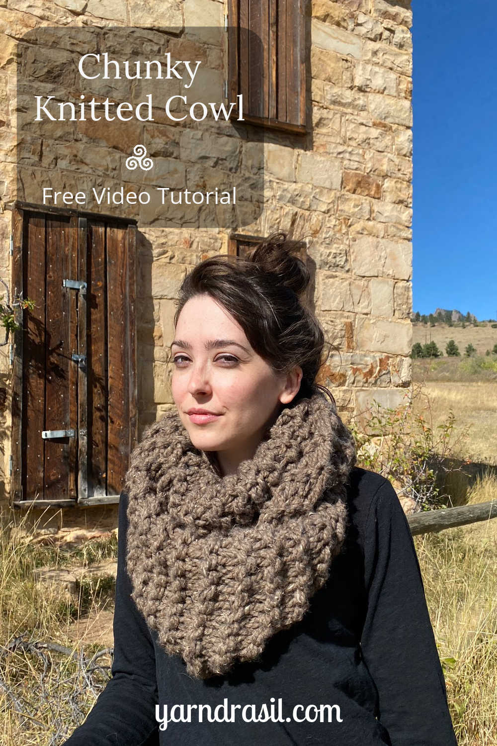 Oversized brown knit cowl
